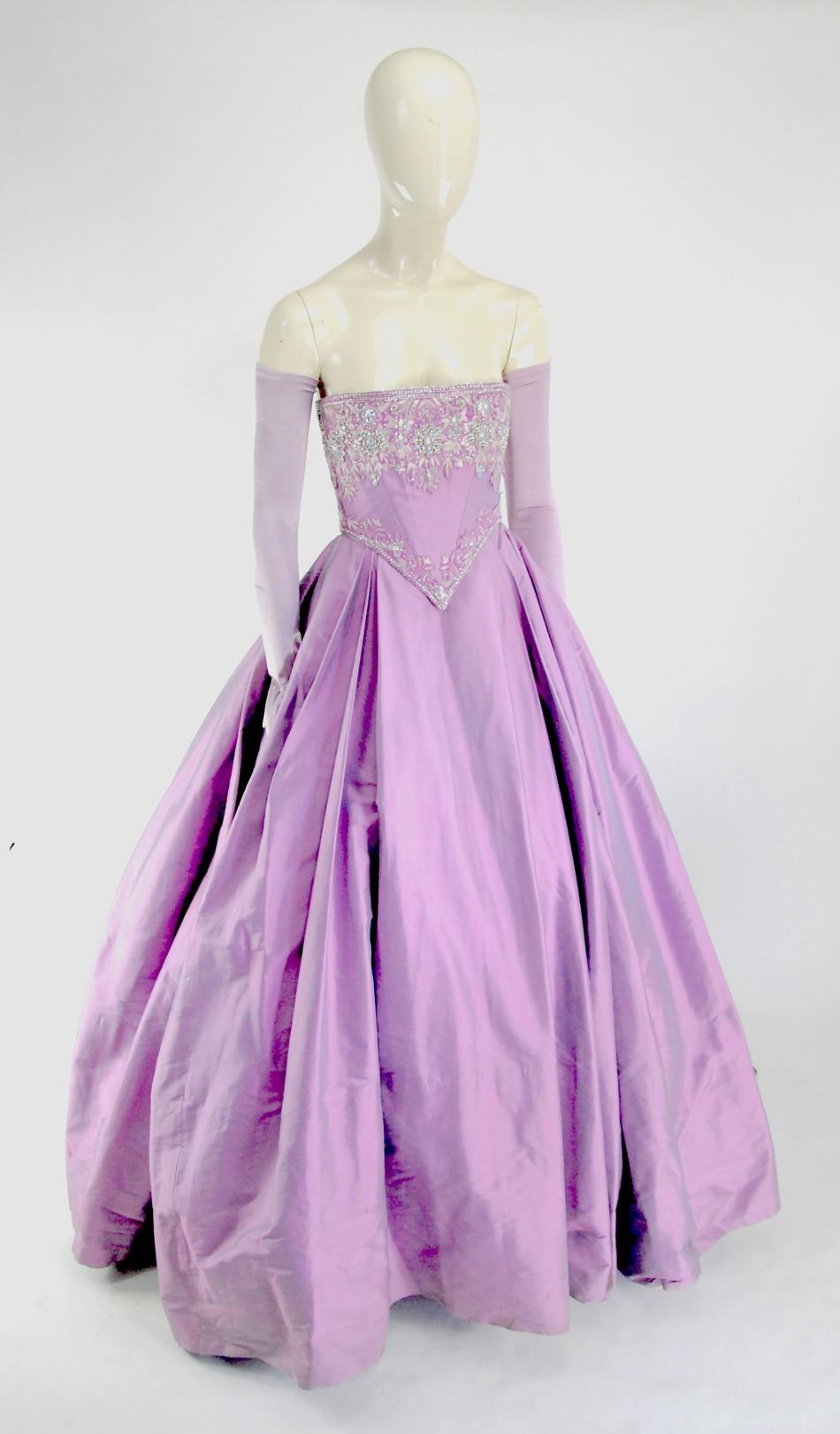 snow White and Emma Swan purple fairy tale gown from Once Upon a Time Season 1 4. 1