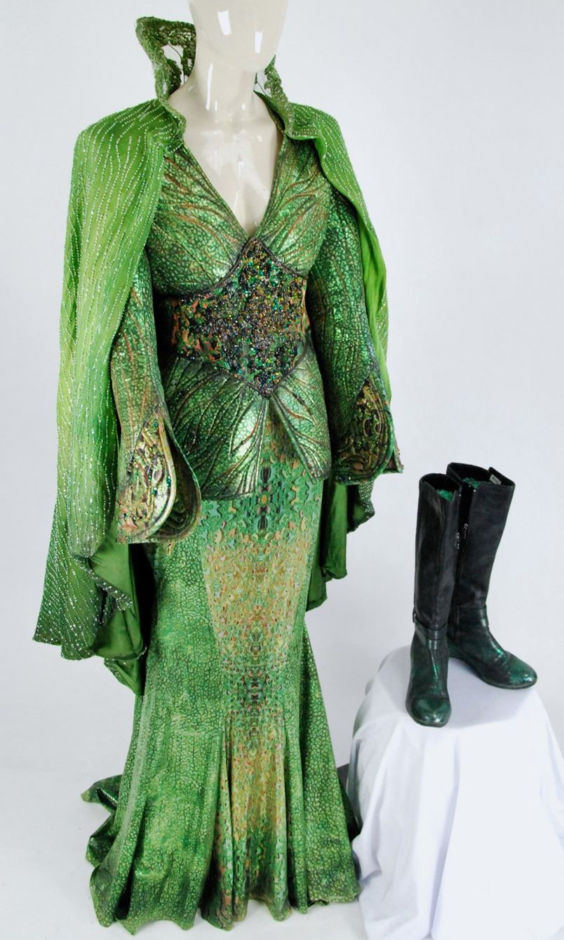 ursula green bejeweled ensemble from from Once Upon a Time Season 4 Episode 12. 1